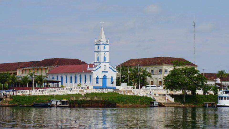 Transporte de Cargas e Veículos de Manaus a Barcelos